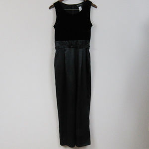 Black Jumpsuit Sleeveless Belted Pleated Size 8P